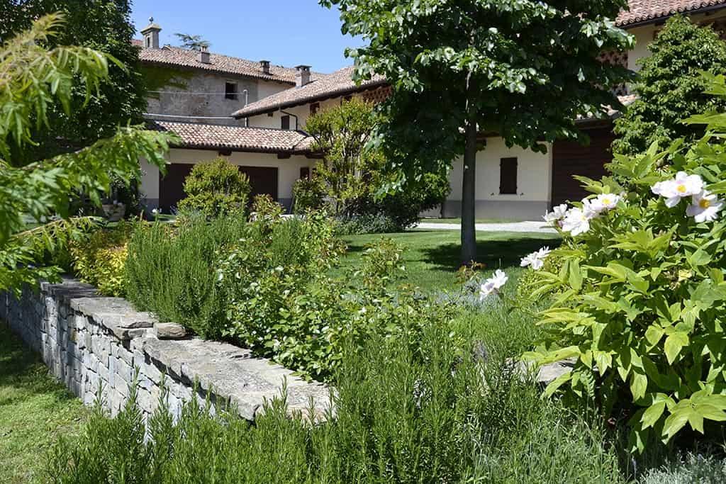 Il giardino sopra le vigne